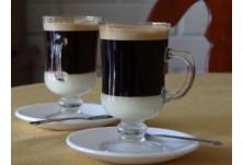 Бонбон (Испания) --> Това е еспресо със сгъстено мляко. А ако смесите половината от обичайното мляко с половин  кондензирано, ще се получи Лече в Лече.