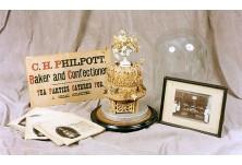 На колко години е най-старата сватбена торта в света?